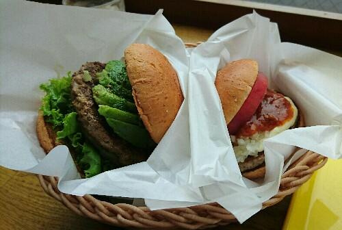 【外食で糖質制限】フレッシュネスバーガーの低糖質バンズバーガー