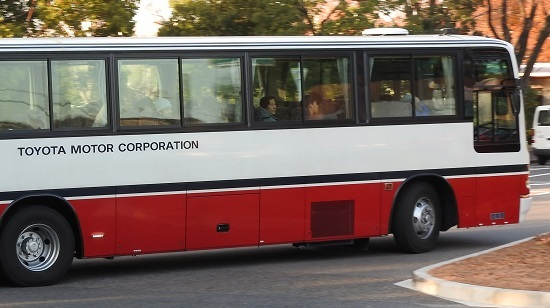 20 トヨタ 期間従業員バス