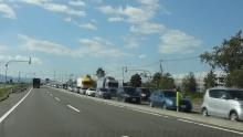 対向車線も大渋滞