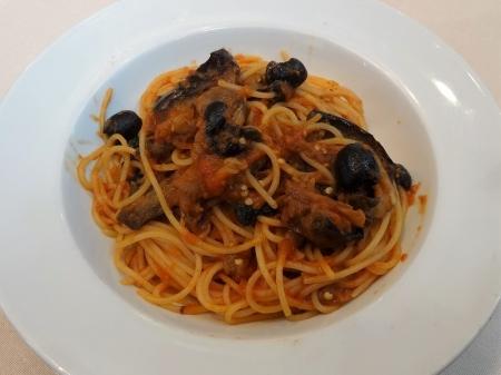 スパゲッティ 「茄子とアンチョビのチェント風ブッカネスカ」