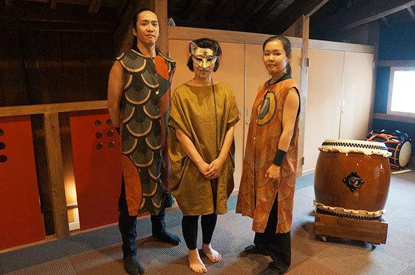 コンテンポラリーダンスの山口佳子氏と和太鼓奏者の方