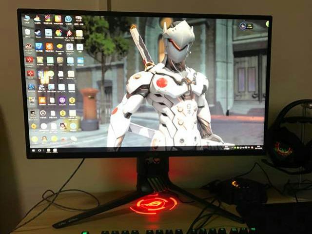 240Hz_GamingMonitor_04.jpg