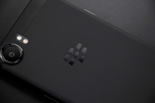 BlackBerry_KEYone_06.jpg