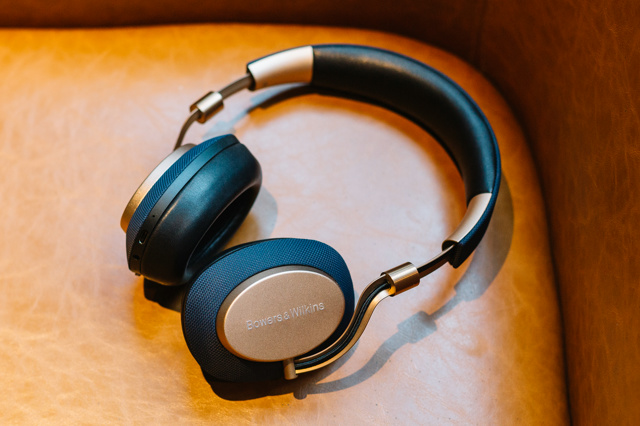Bowers_and_Wilkins_PX_09.jpg