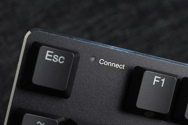 EK820_Bluetooth_05.jpg