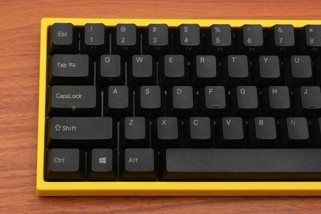 FC660M_Yellow_03.jpg