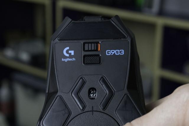 G903_10.jpg