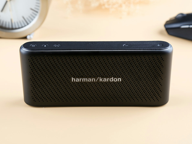Harman_Kardon_Traveler_03.jpg