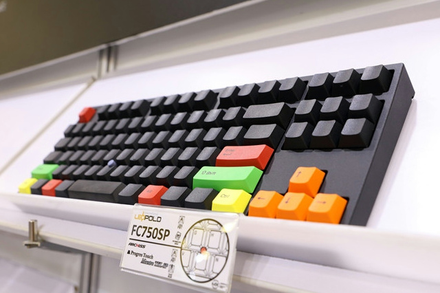 LEOPOLD_TrackPoint_Mechanical_08.jpg