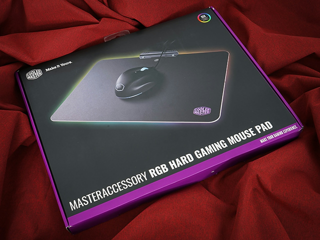 MasterAccessory_RGB_Hard_Gaming_Mousepad_01.jpg