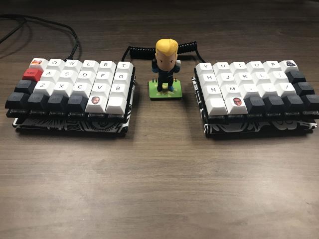 Mechanical_Keyboard103_68.jpg