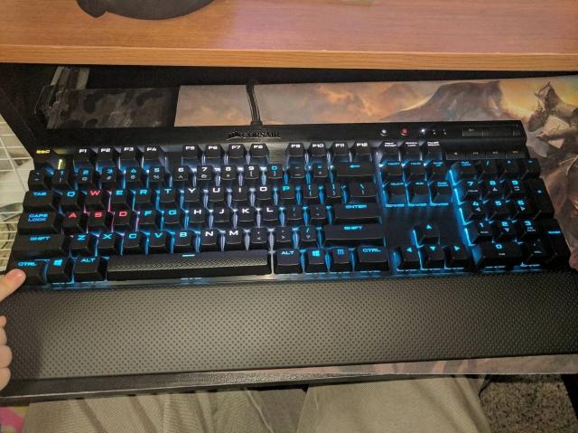 Mechanical_Keyboard103_75.jpg