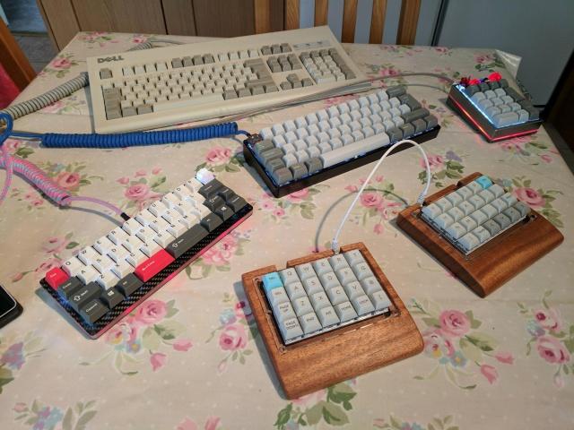 Mechanical_Keyboard105_01.jpg