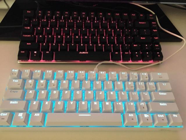 Mechanical_Keyboard105_03.jpg