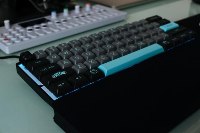 Mechanical_Keyboard105_07.jpg
