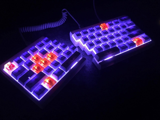 Mechanical_Keyboard105_61.jpg