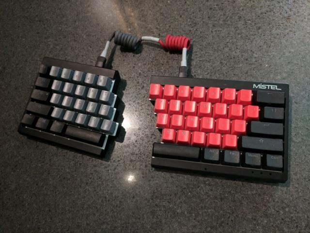 Mechanical_Keyboard105_93.jpg