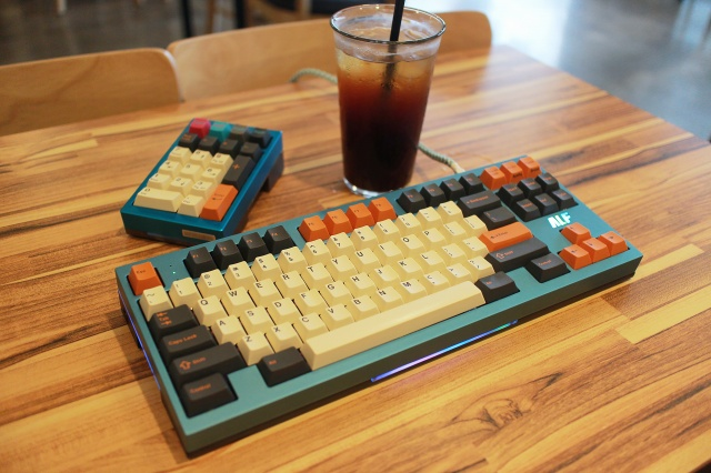 Mechanical_Keyboard107_80.jpg