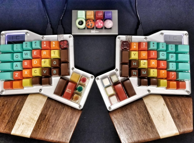 Mechanical_Keyboard108_50.jpg