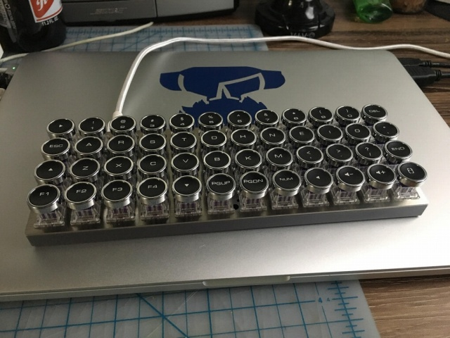 Mechanical_Keyboard109_09.jpg