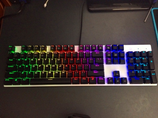Mechanical_Keyboard96_58.jpg
