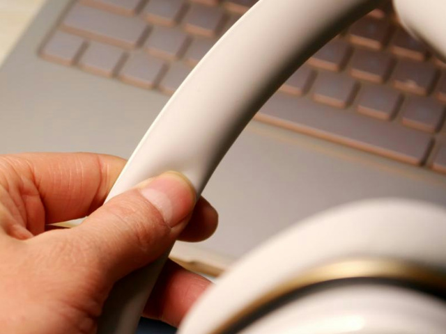 Mi_Headphones_Comfort_12.jpg