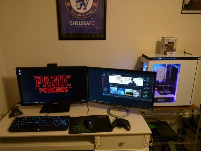 PC_Desk_MultiDisplay100_16.jpg