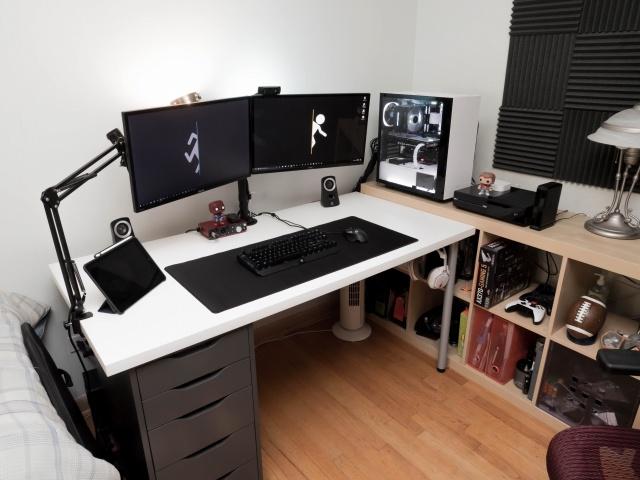 PC_Desk_MultiDisplay100_28.jpg