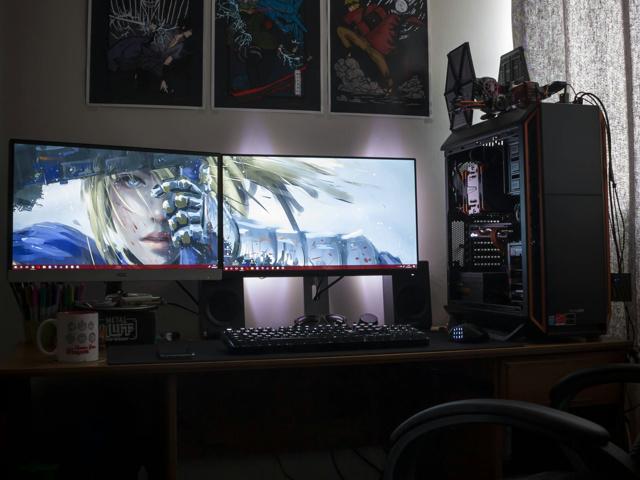 PC_Desk_MultiDisplay100_51.jpg