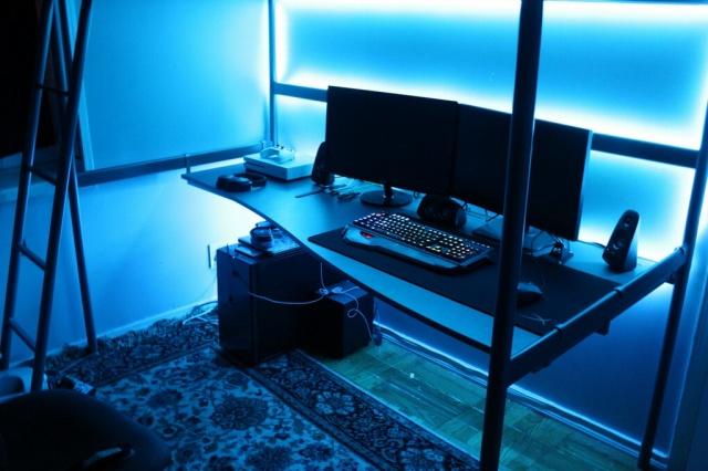 PC_Desk_MultiDisplay100_53.jpg