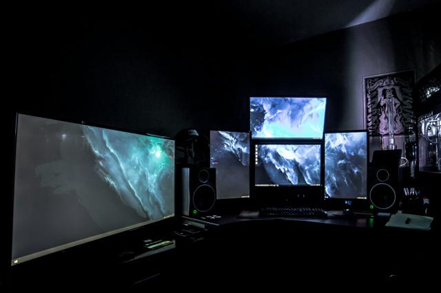 PC_Desk_MultiDisplay100_56.jpg