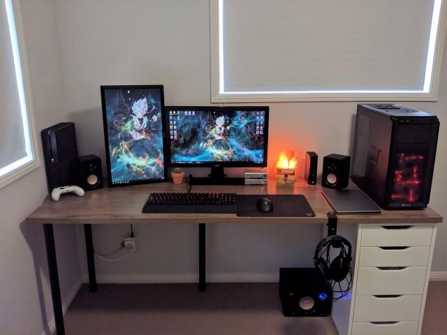 PC_Desk_MultiDisplay101_38.jpg