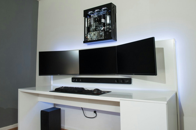PC_Desk_MultiDisplay101_39.jpg