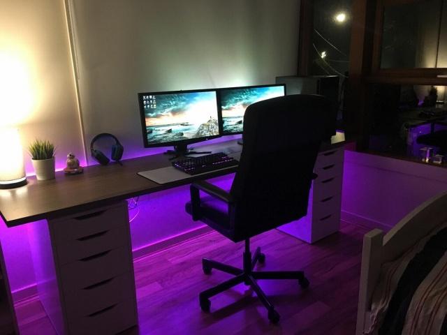 PC_Desk_MultiDisplay101_40.jpg