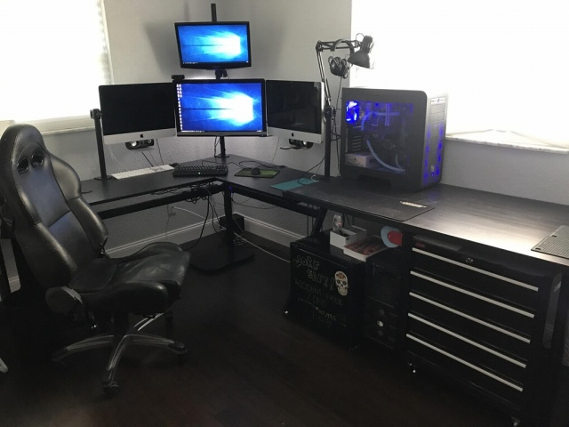 PC_Desk_MultiDisplay102_37.jpg