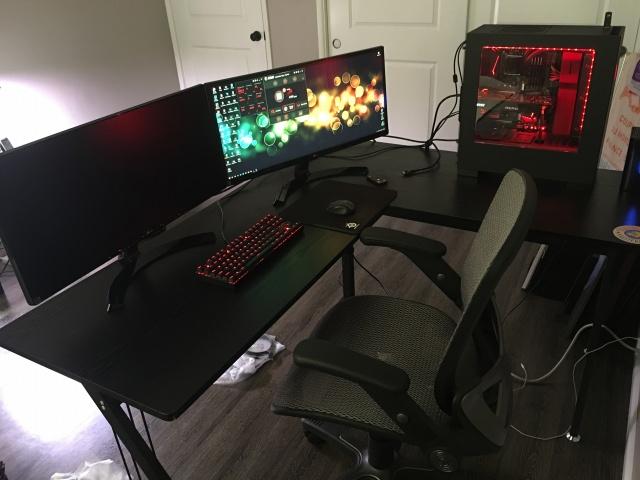 PC_Desk_MultiDisplay102_46.jpg