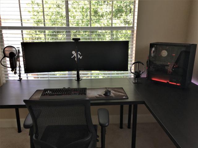 PC_Desk_MultiDisplay102_48.jpg