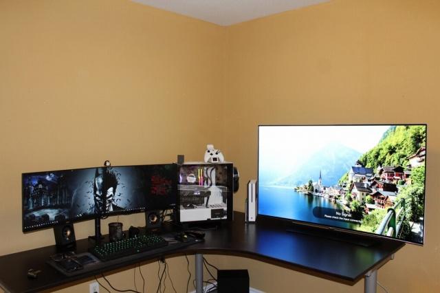 PC_Desk_MultiDisplay102_75.jpg