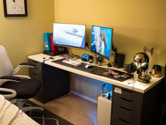 PC_Desk_MultiDisplay104_06.jpg