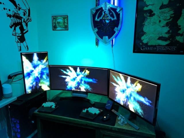 PC_Desk_MultiDisplay104_100.jpg