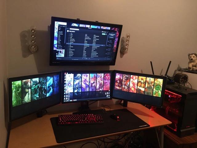 PC_Desk_MultiDisplay104_20.jpg