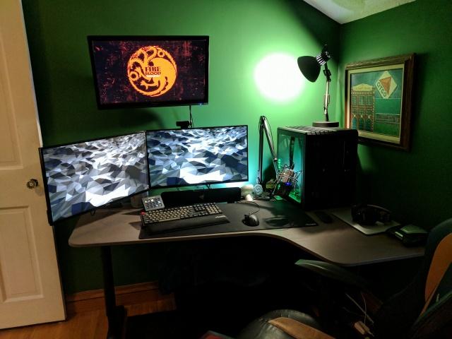 PC_Desk_MultiDisplay104_21.jpg