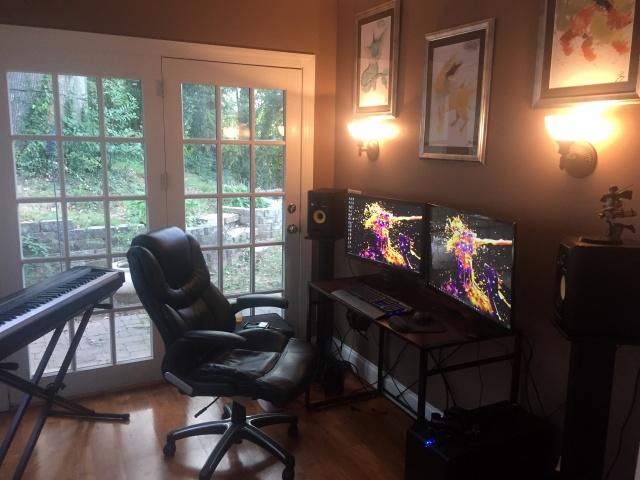 PC_Desk_MultiDisplay104_26.jpg