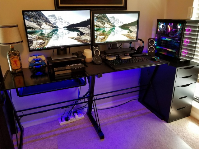 PC_Desk_MultiDisplay104_40.jpg