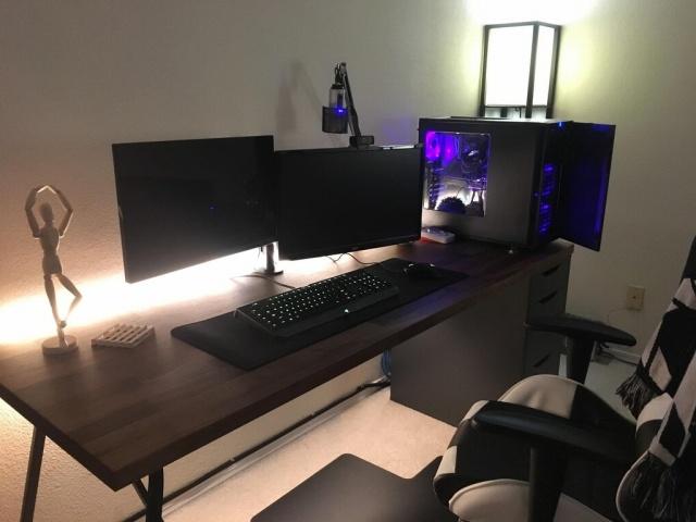 PC_Desk_MultiDisplay104_44.jpg