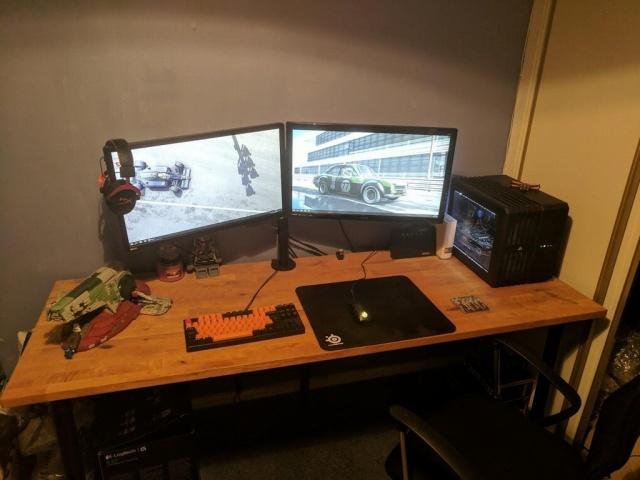 PC_Desk_MultiDisplay104_46.jpg