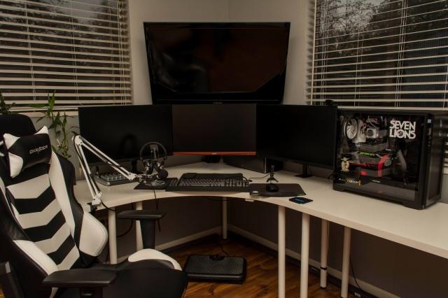 PC_Desk_MultiDisplay108_09.jpg