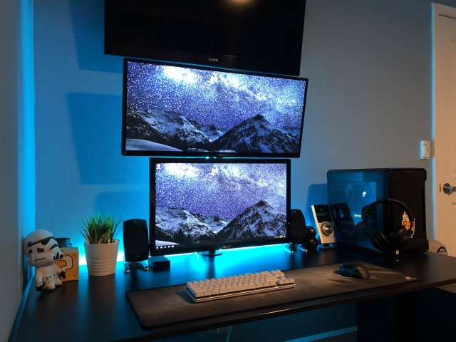 PC_Desk_MultiDisplay108_17.jpg
