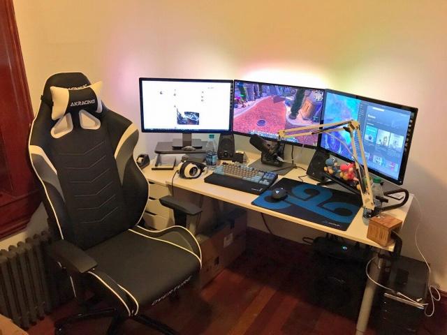 PC_Desk_MultiDisplay108_24.jpg