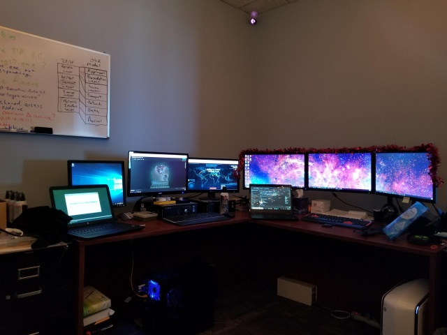 PC_Desk_MultiDisplay108_36.jpg